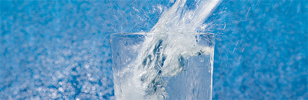 water_glass_rotating_banner_62217